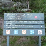 Berowra Track sign north of Apple Tree Bay